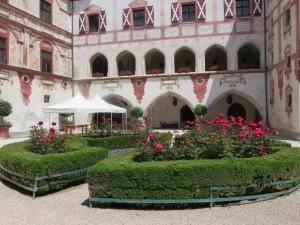 Schloss Tratzberg castle entrance