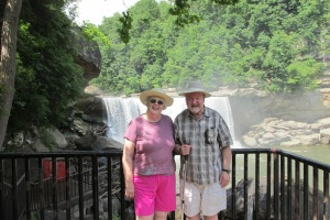 cumberland-falls-tom-and-sue